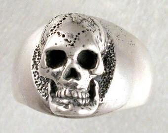Silver Skull Head Antiqued Ring