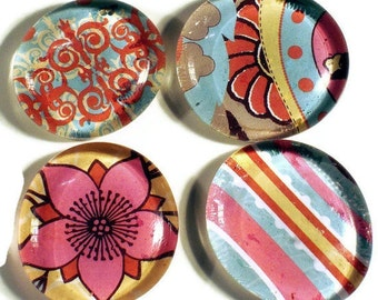 Glass Refrigerator  Magnet Set  Glass Marble Magnets in  Lizzie (M12)