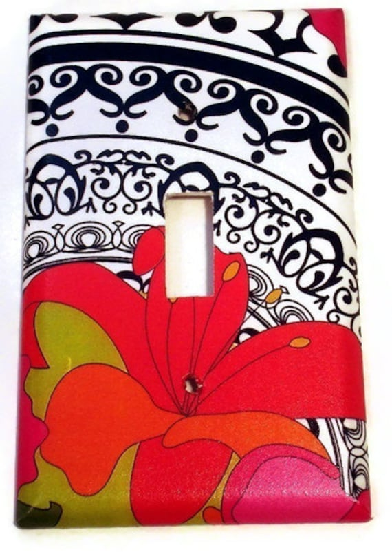 Wall Decor Light Switch Cover Single Light Switchplate in Couture (245S)