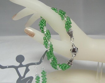 Peridot Spiral Beaded  Bracelet,  8.25 inch, Beadwoven Bracelet,  Earrings & Bracelet, Dangle Peridot Earrings set Item #754
