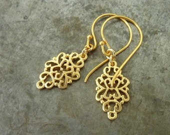 Valentine gift, earrings for her, Arabesque golden dangle earrings, gold drop earrings