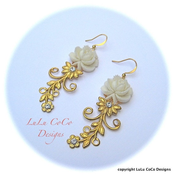 Crystal Garden Winter White Earrings