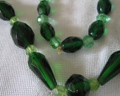 Long VINTAGE Emerald and Greens Faceted Glass COSTUME JEWELRY Necklace