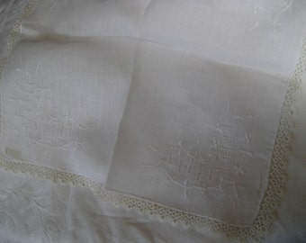 VINTAGE White Cut Work and Embroidered tatted Edge Wedding Handkerchief