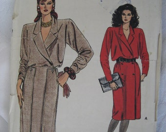 VINTAGE 9100 Vogue Dress Clothes Sewing Pattern