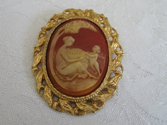 VINTAGE Cameo Woman and Child Costume Jewelry Brooch and Pendant