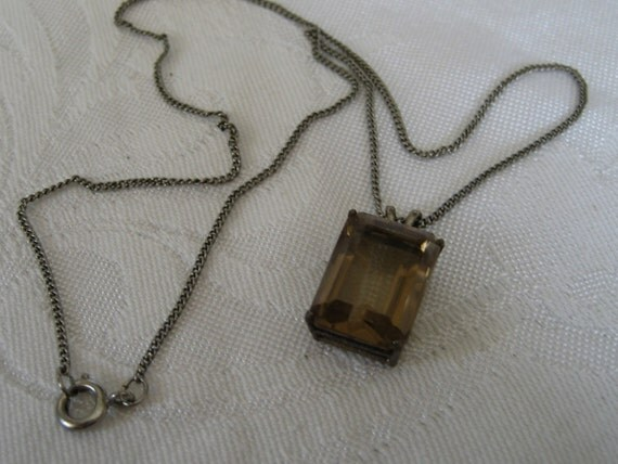 VINTAGE Topaz Glass Jewel Pendant Necklace