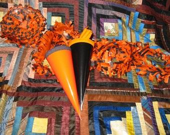 Pair of Vintage Style Halloween Treat Cones