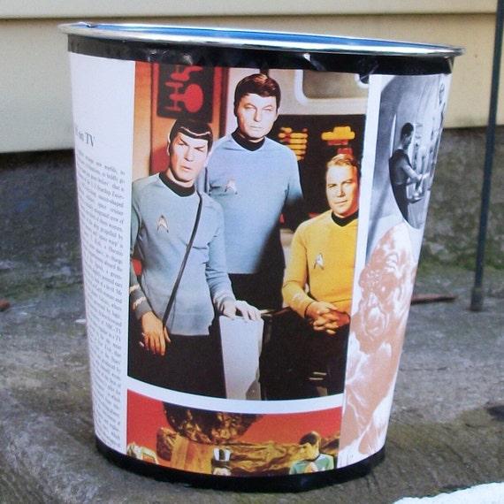 FREE - Sci Fi Star Trek Wastebasket Robots Nude Girls