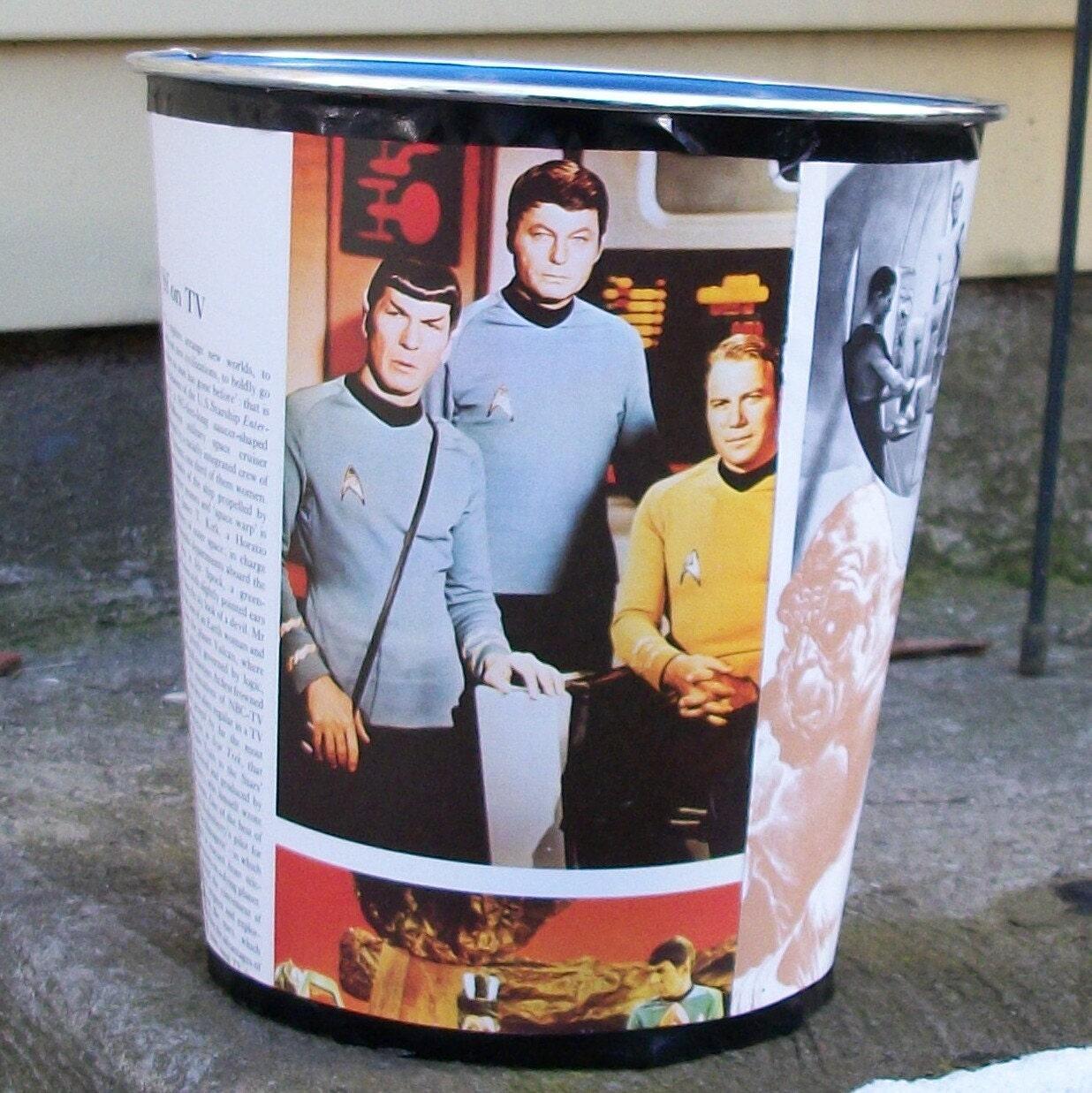 FREE Sci Fi Star Trek Wastebasket Robots Nude Girls by