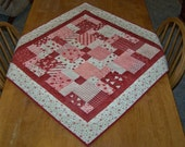 Hearts and Kisses Table Topper Quilt - 36 x 36 Square -  Quilted table runner - table quilt - Valentine
