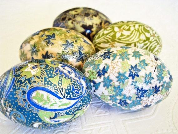 Easter Eggs, Teal Blue Easter Eggs, Teal Green Easter Eggs, decoupage eggs, origami eggs, paisley turquoise maple leaves