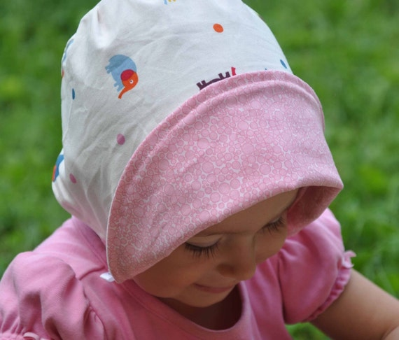 UB2  CHARLESTON CHARM a sweet, feminine sun hat with that distinctive Southern charm by The Urban Baby Bonnet-- size small