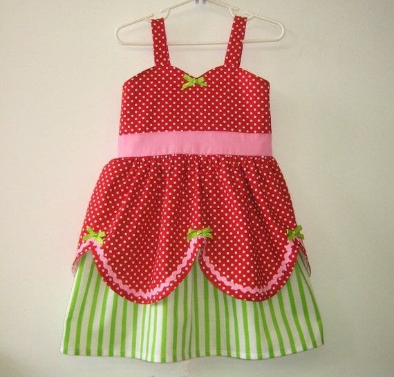 Strawberry Shortcake dress retro STORYBOOK dress great for a special occasion or birthday party