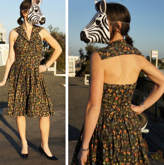 50s Summer Day Dress with Sexy Backless Sailor Collar and Halter in Sweet Black and Floral Printed Vintage Cotton, sz S/M