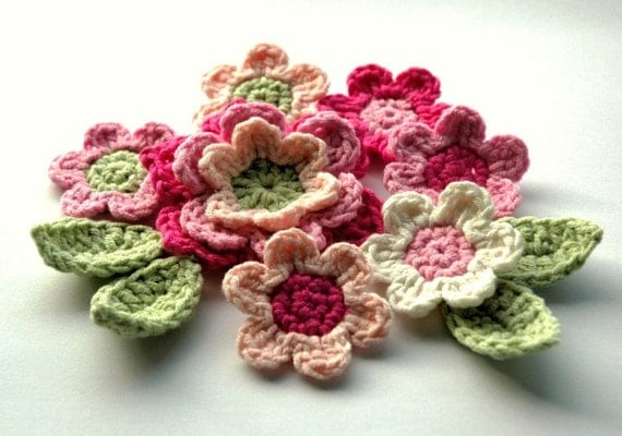 Crochet Flowers Applique Set in Pink and Green