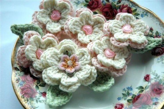 Vintage plate of Pink and Cream Crochet Applique