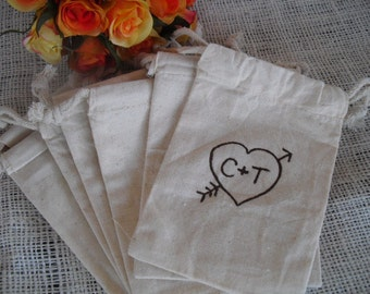 Favor Bags - Personalized Heart with Arrow Muslin Favor Bags - Item 1011