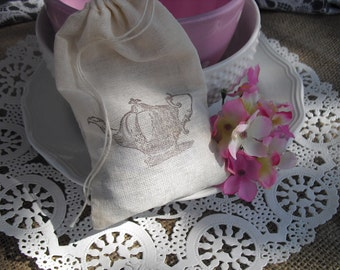 Favor Bags - SET OF 10 Vintage Teapot 4x6 Muslin Favor Bags Gift Bags or Candy Bags - Item 1340