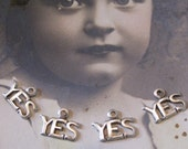 Just say YES Charms Silver Ox Plated 581SOX x4