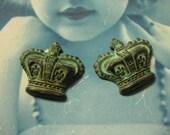 Wonderful Verdigris Vintage Crown Stampings 404VER x2
