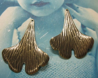 Gingko Leaf Stampings Brass Ox Plated 70BOX x2