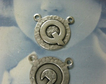 Silver Ox Plated  Art Deco Style Initial Charms Letter Q 768 SOX x1