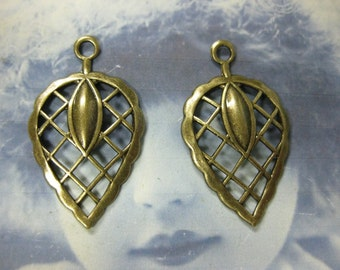 Brass Ox Plated  Leaf Stampings 767BOX x2