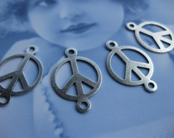Silver Ox Plated 15mm Peace Sign Connectors 710SOX x4