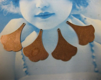 Copper Ox Plated Small Brass Ginkgo Leaf Drops 847COP x4