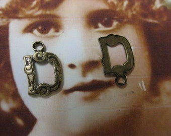 Brass Ox Plated Small  Fancy Initial Charms Letter D  748D BOX x1