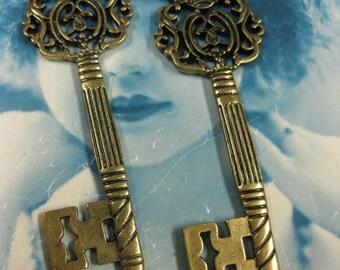 Last Chance Clearance Antique Bronze Finish Ornate  Regal Crown Skeleton Keys   887BRZ x2