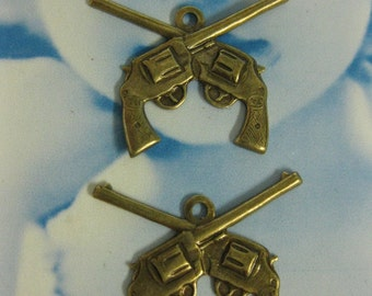 Double Six Shooter Gun Charms Brass Ox Plated 165BOX x2