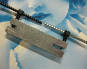 Two Hole Punch for Metals  Euro Tool 1175 x1