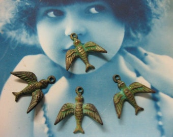 Verdigris Patina Brass Bird Charms 299VER x4