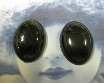 Vintage Oval Shaped Resin Cabochons  968VINBLK x2