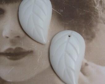 Milk White Glass Leaves Top Drilled Vintage 1108VIN x2