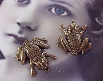 Copper  Ox Plated Brass Frog Charms 792COP x2
