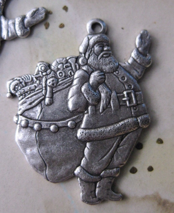Silver Ox Plated Santa Claus Charms Just in time for Christmas 256SOX x3