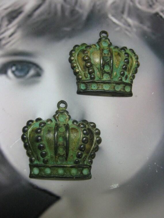 Large Brass Verdigris Patina Crown Charms 1188VER x2