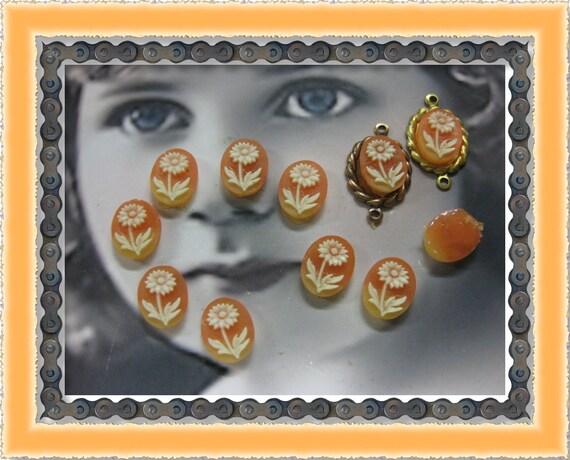Vintage Plastic Floral Oval Mini Cabochons 913VIN-C x12 orange