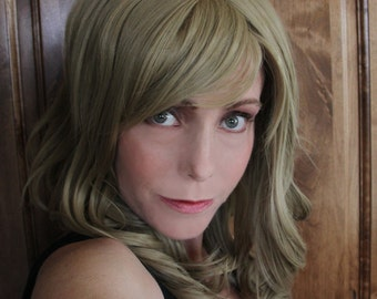 SALE // Dirty Blonde Wig //Heat Styleable Long Wavy and Bangs