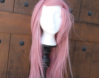 SALE // Marvelous Mauve Pink Wig With Tiny White Streaks // Long Layered // Straight or Curl Heat Styleable