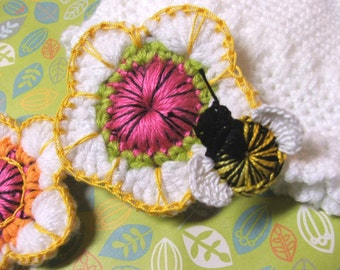 Sassy Flower and Bee PATTERN - FLOWERS and BEES - pdf Crocheted Flower Pattern for Flower, Bees, Butterfly, Ladybug and Baby Cap