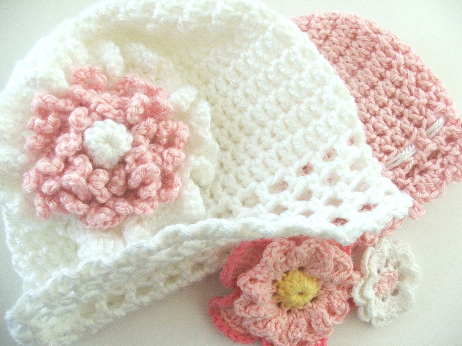 Easy Crochet Flower Hat Pattern : PATTERN Fast and Easy CROCHET PATTERN Baby Cap with Flowers