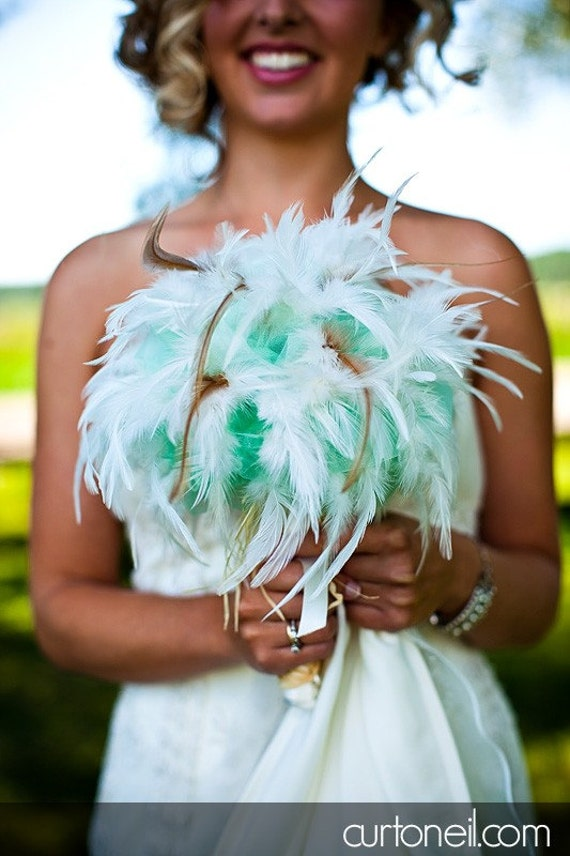 COUNTRY CHIC Wedding Feather Bouquet