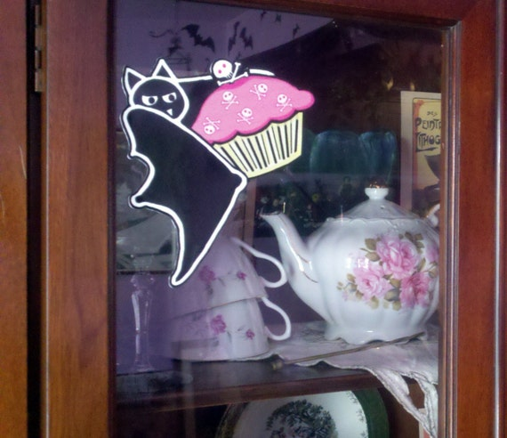CLING Pocket Full of Posiez Cupcake Bat Vinyl Window Cling
