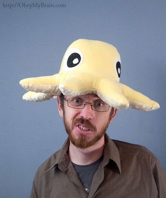 Fleece Octopus Hat - Light Yellow
