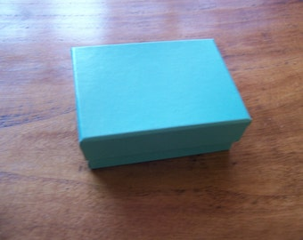 100 Pack of 3.25X2.25X1 Inch Size Teal Cotton Filled Jewelry Gift Merchandise Boxes