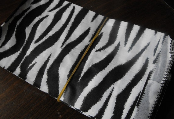 100 Pack 6 X9 Inch Black and White Zebra or Tiger Striped Flat Paper Merchandise Bags